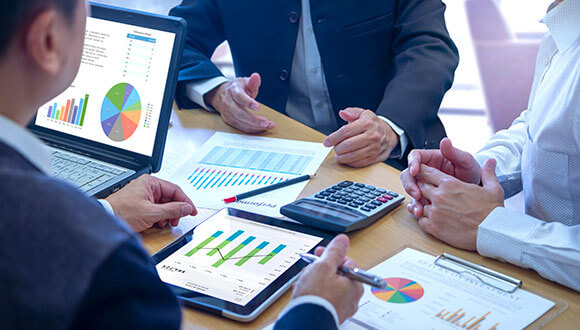 Risk management processes to benefit your business insurance