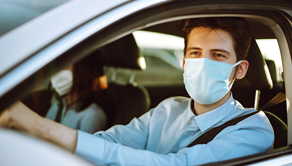 Warnings on wearing a face mask while driving